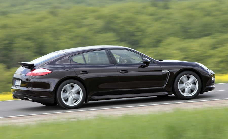 2011 porsche panamera panamera 4 review car and driver. Black Bedroom Furniture Sets. Home Design Ideas