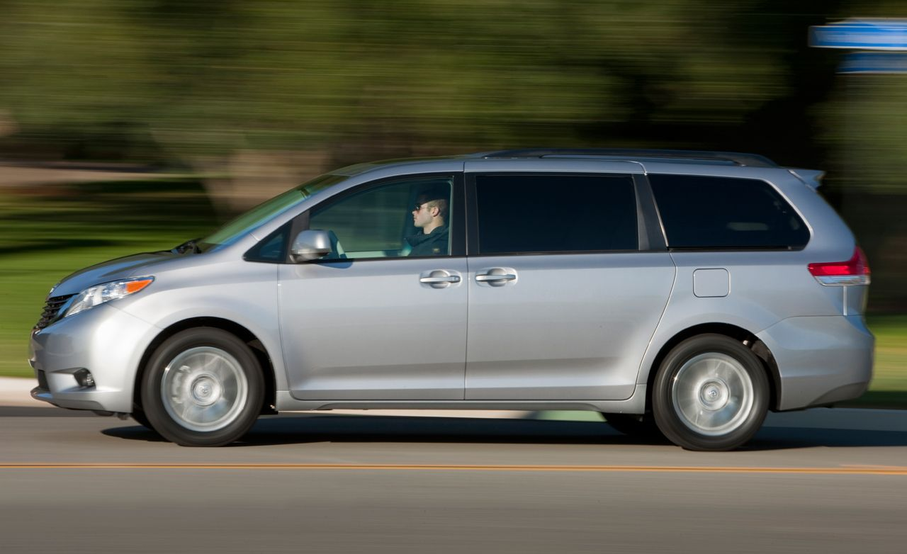 2011 Toyota Sienna Xle Awd Instrumented Test Car And Driver