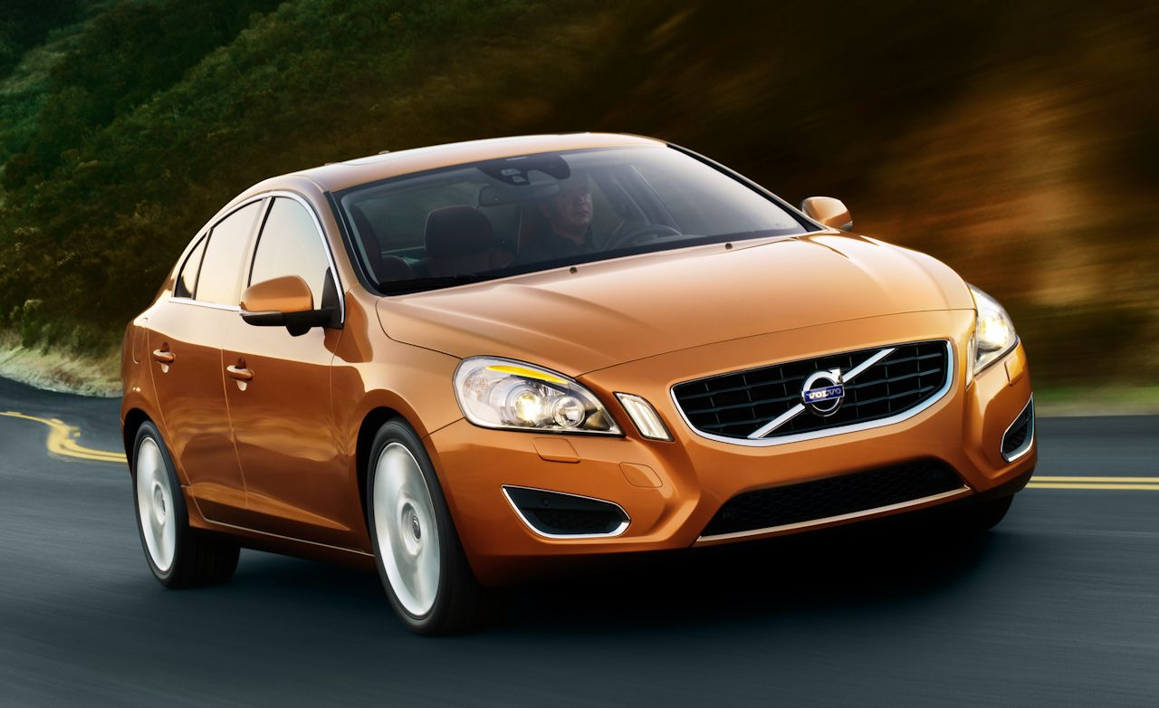 cars rating canada trend awd rear reviews cross volvo country en motor and