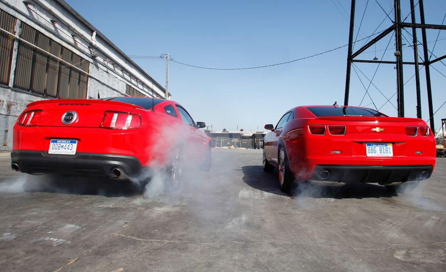 2011 Ford Mustang GT 5.0 vs. 2010 Chevrolet Camaro SS