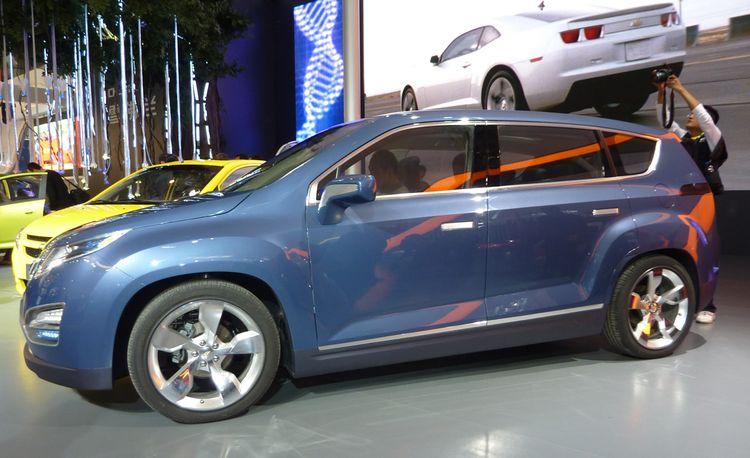 Chevrolet Volt MPV5 Electric Concept