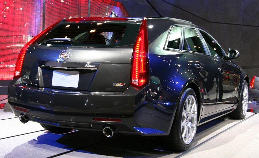 2012 Ford Focus 5-door hatchback and sedan - Slide 53
