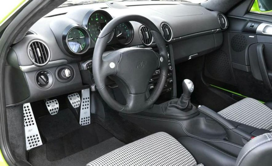 2012 Ford Focus 5-door hatchback and sedan - Slide 67