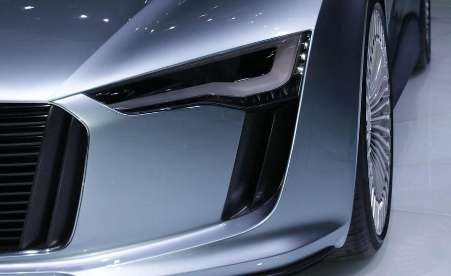 2012 Ford Focus 5-door hatchback and sedan - Slide 81