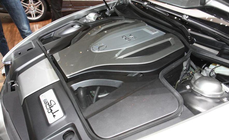 2012 Ford Focus 5-door hatchback and sedan - Slide 26