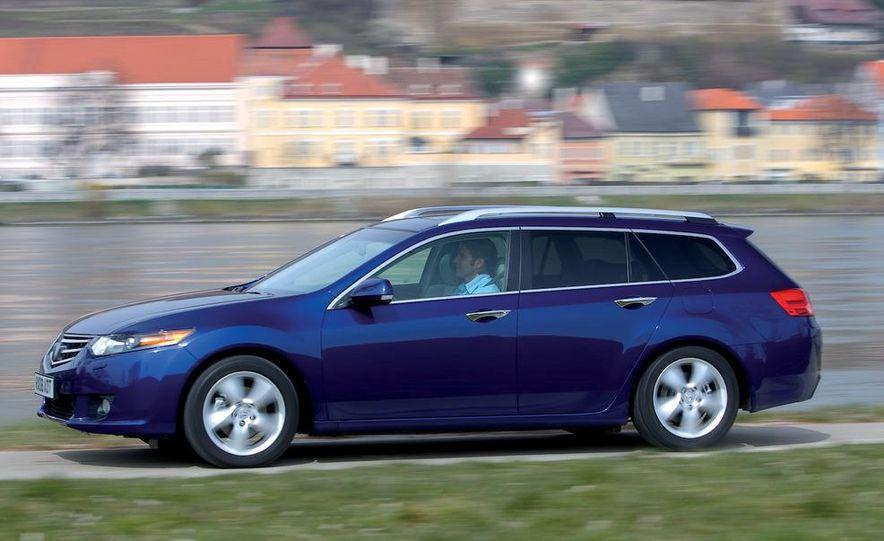 2011 Acura TSX Sport Wagon - Slide 9