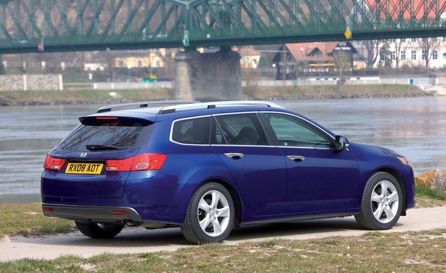 2011 Acura TSX Sport Wagon - Slide 13