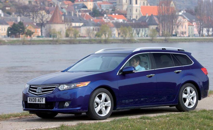 2011 Acura TSX Sport Wagon - Slide 7