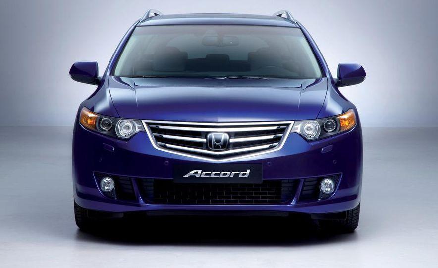 2011 Acura TSX Sport Wagon - Slide 30