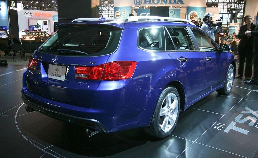 2011 Acura TSX Sport Wagon - Slide 5