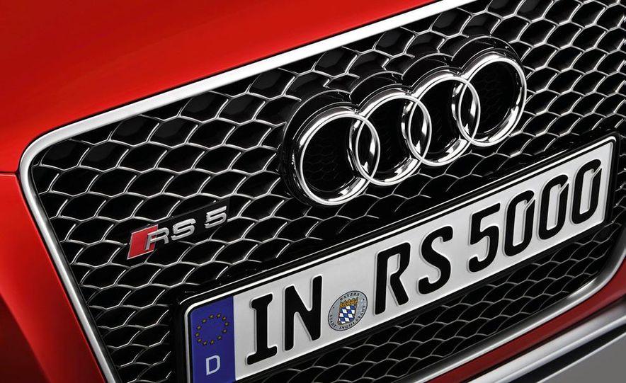 2010 Audi RS5 - Slide 19