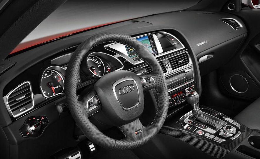 2010 Audi RS5 - Slide 29