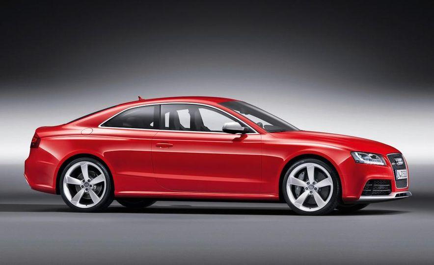 2010 Audi RS5 - Slide 17