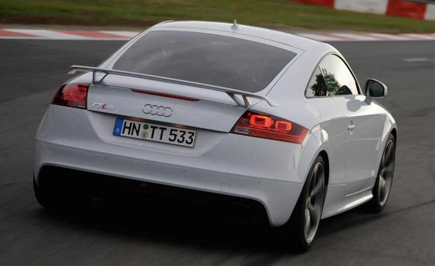2011 Audi TT coupe (European spec) - Slide 15
