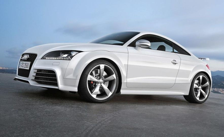 2011 Audi TT coupe (European spec) - Slide 16