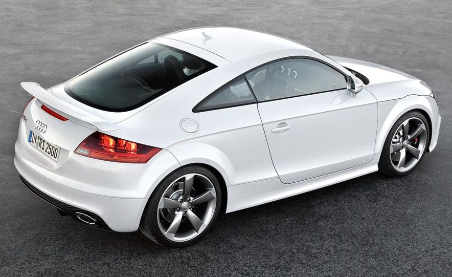 2011 Audi TT coupe (European spec) - Slide 17
