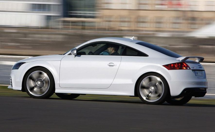 2011 Audi TT coupe (European spec) - Slide 20