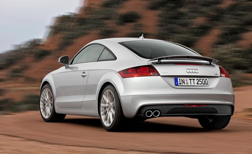 2011 Audi TT coupe (European spec) - Slide 3