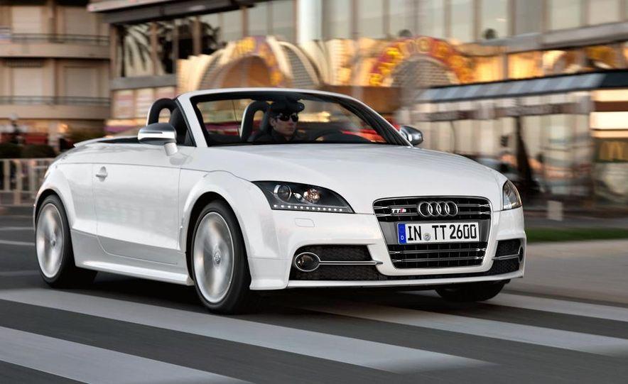 2011 Audi TT coupe (European spec) - Slide 9