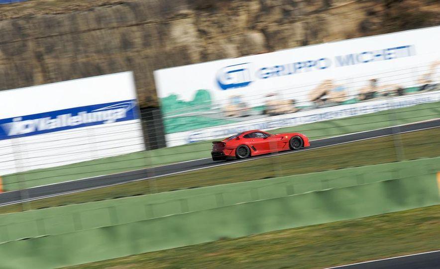 2011 Ferrari 599GTO - Slide 12