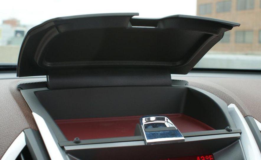 2010 GMC Terrain SLT AWD - Slide 33