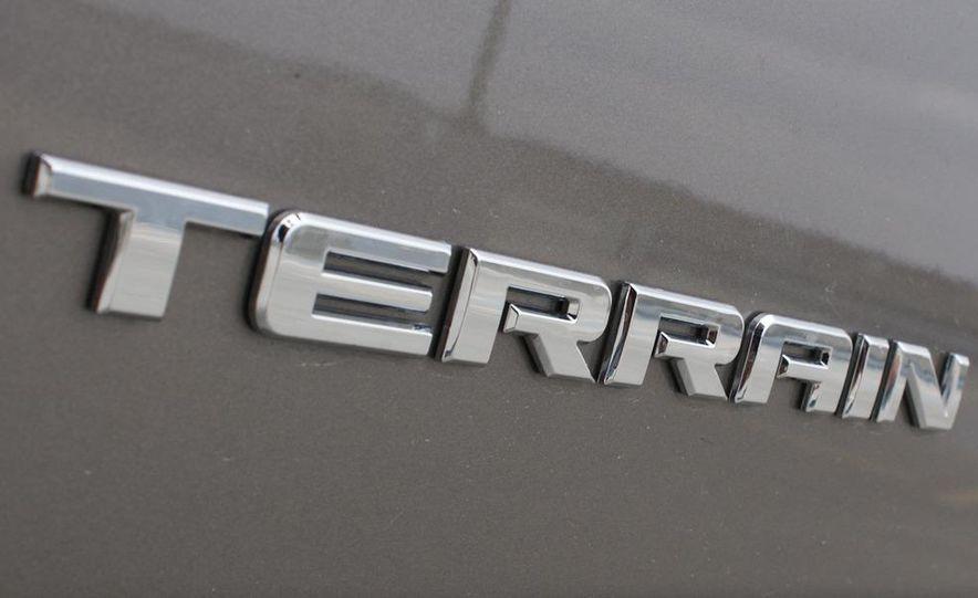 2010 GMC Terrain SLT AWD - Slide 24