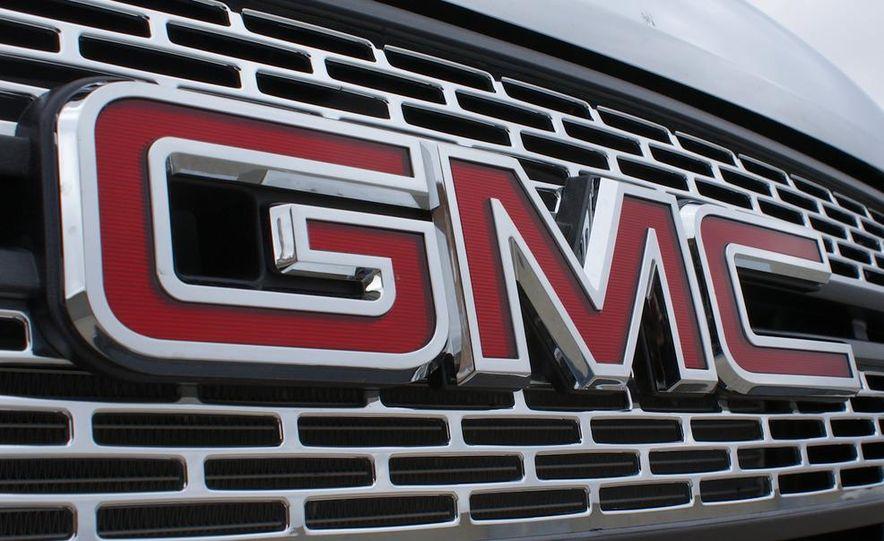 2010 GMC Terrain SLT AWD - Slide 25