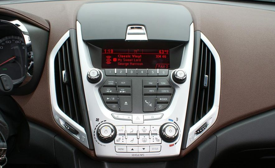 2010 GMC Terrain SLT AWD - Slide 35