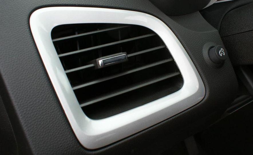 2010 GMC Terrain SLT AWD - Slide 44