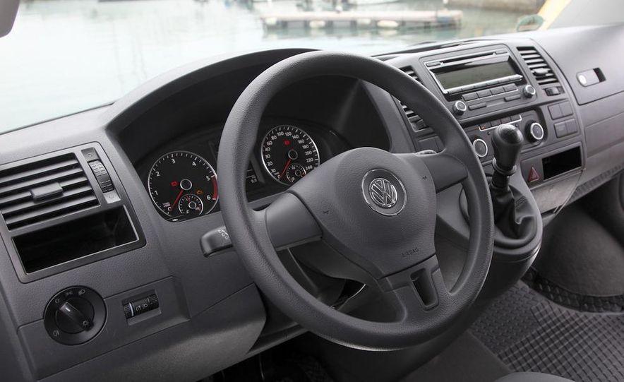 2010 Volkswagen Multivan - Slide 38