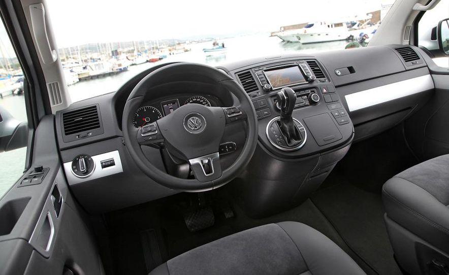 2010 Volkswagen Multivan - Slide 32