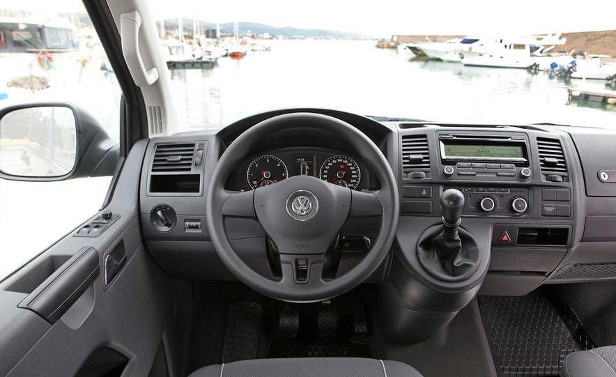 2010 Volkswagen Multivan - Slide 37