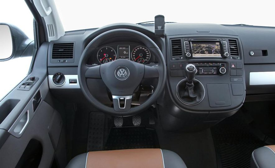 2010 Volkswagen Multivan - Slide 39