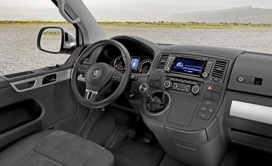 2010 Volkswagen Multivan - Slide 42