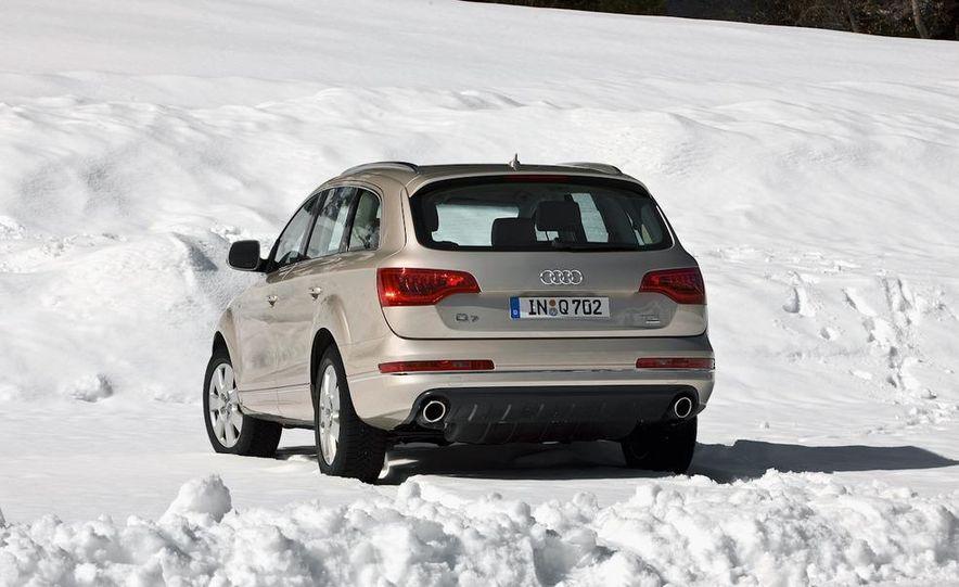 2011 Audi Q7 - Slide 15