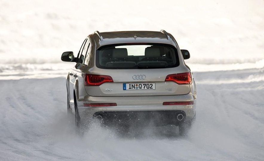 2011 Audi Q7 - Slide 2