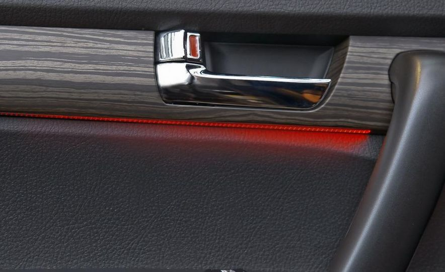 2011 Kia Sorento EX - Slide 56