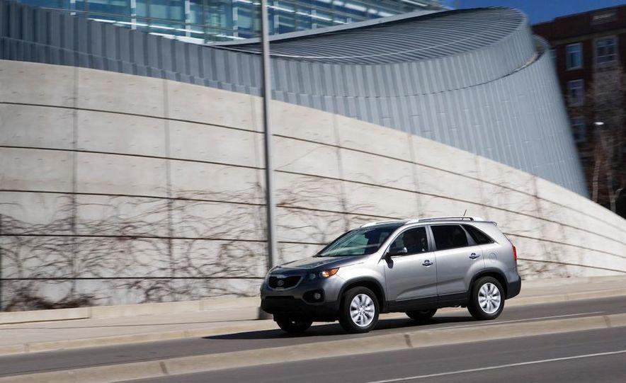 2011 Kia Sorento EX - Slide 2