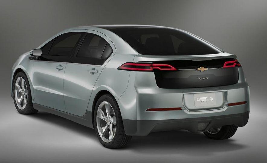 Chevrolet Volt MPV5 electric concept - Slide 48