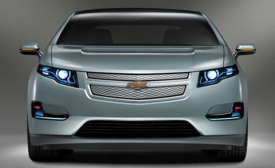Chevrolet Volt MPV5 electric concept - Slide 50