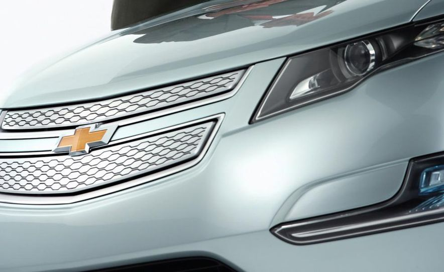 Chevrolet Volt MPV5 electric concept - Slide 55