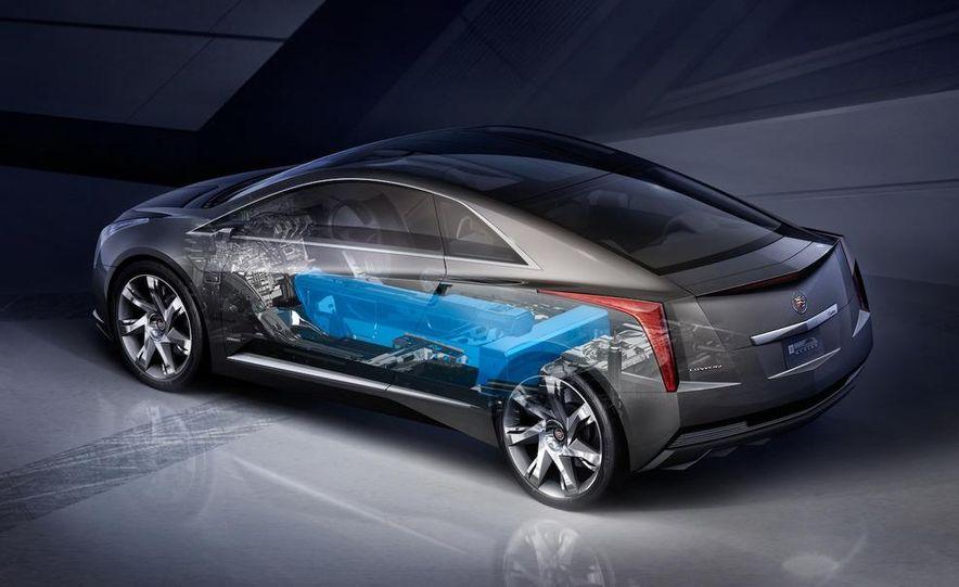 Chevrolet Volt MPV5 electric concept - Slide 29