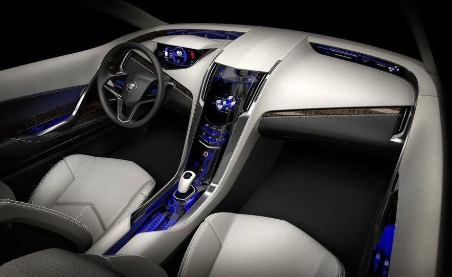 Chevrolet Volt MPV5 electric concept - Slide 46
