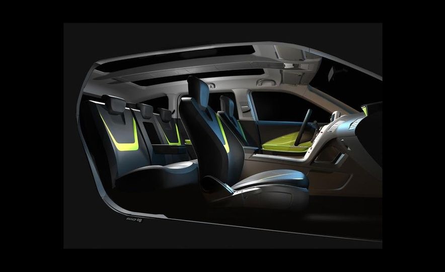 Chevrolet Volt MPV5 electric concept - Slide 24