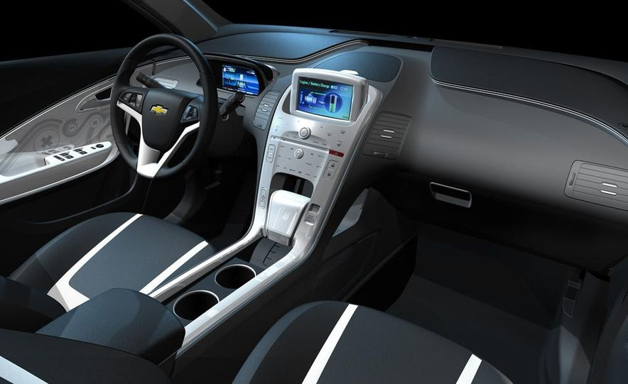 Chevrolet Volt MPV5 electric concept - Slide 26