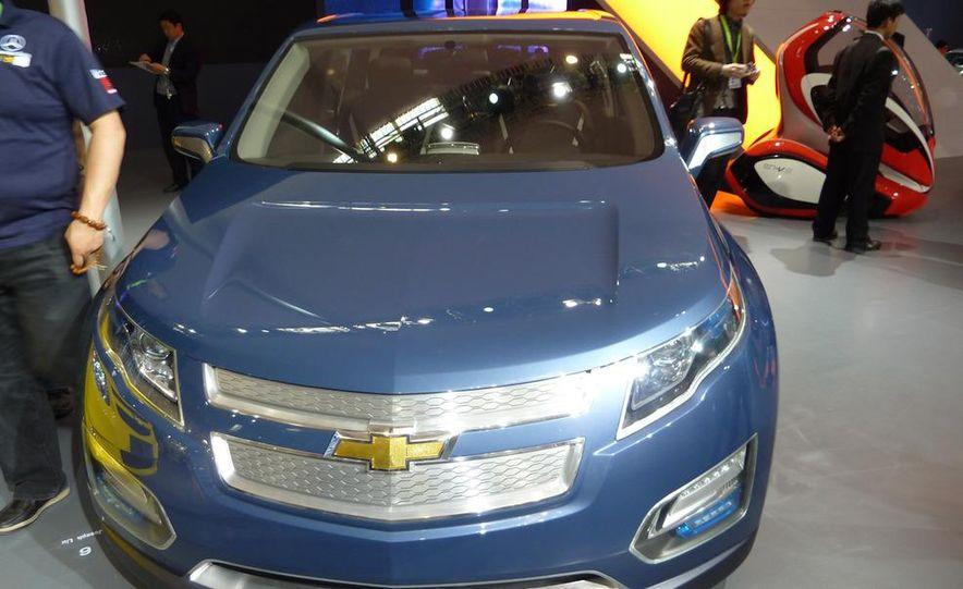 Chevrolet Volt MPV5 electric concept - Slide 5