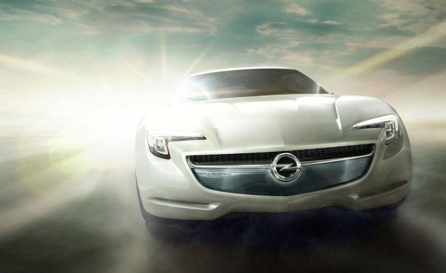 Chevrolet Volt MPV5 electric concept - Slide 78