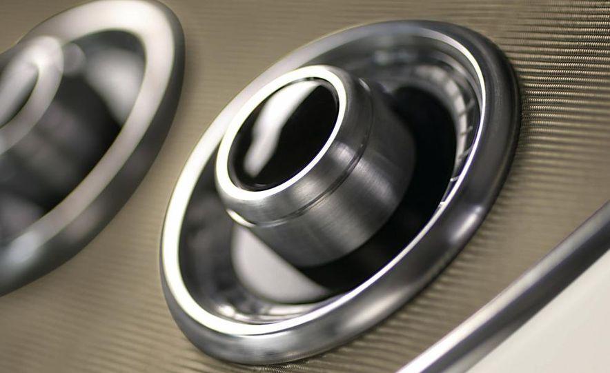 BMW Concept Gran Coupé - Slide 67