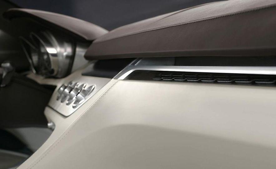 BMW Concept Gran Coupé - Slide 68