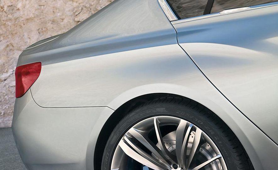BMW Concept Gran Coupé - Slide 54